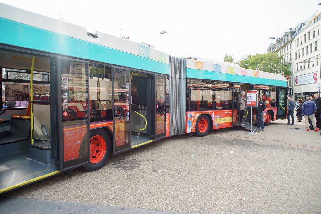 dr anger Bus